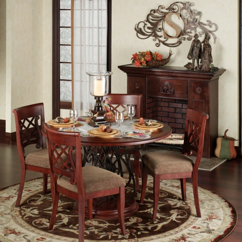 Thanksgiving Dining Setting