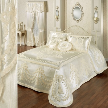 Lisette Satin Chenille Bedding in Pearl