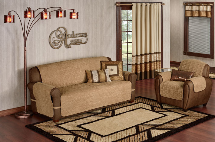 Contemporary Decor in Metallic Shades