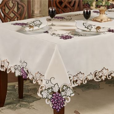 Cabernet Grape Table Linens