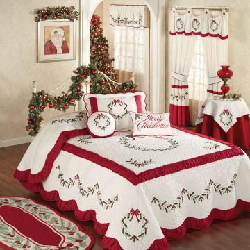 Holly Wreath Holiday Bedspread