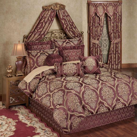 Laurelton Comforter Set
