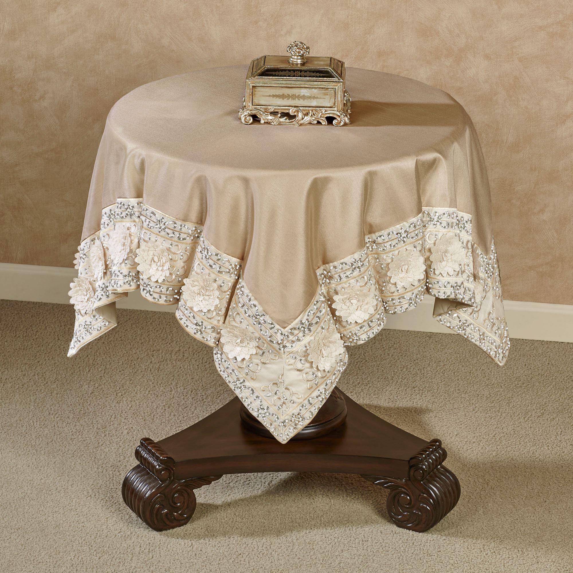 Elegante Table Topper