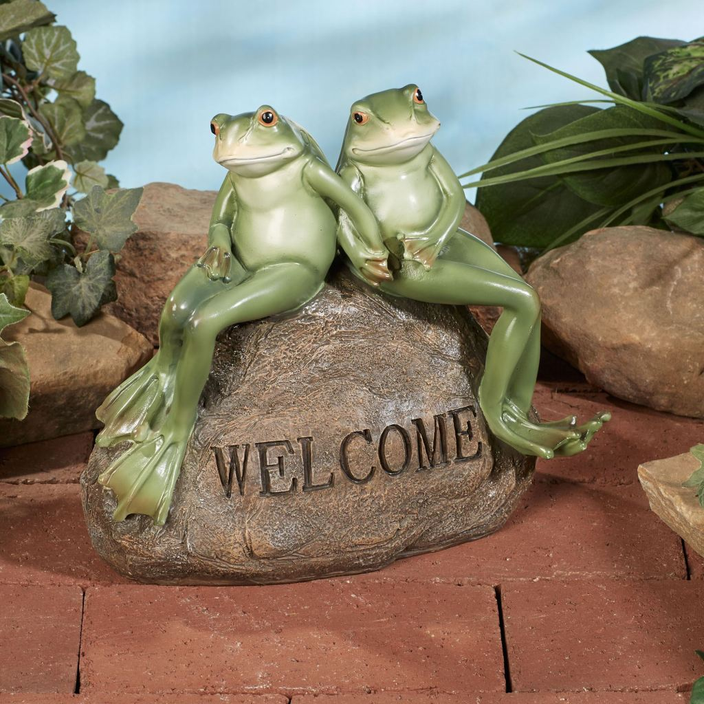 Frogs on Welcome Stone Accent